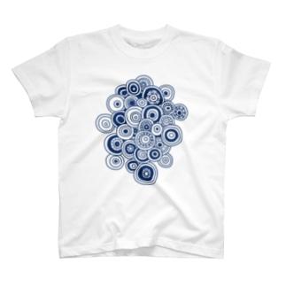 丸の集合体(縦) T-shirts