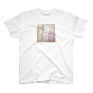 長すぎうさぎ T-shirts