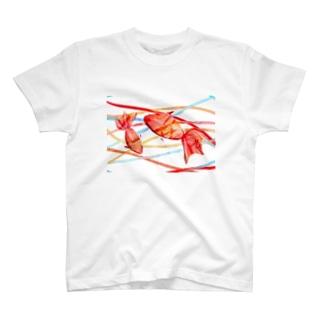 泳ぐ金魚 T-shirts