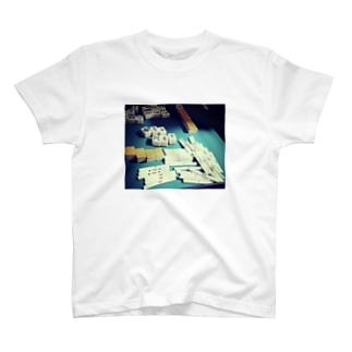 捲りトップ T-shirts
