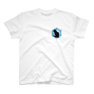 黒猫 Resistance T-shirts