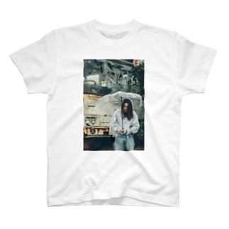 ひとりぼっち T-shirts