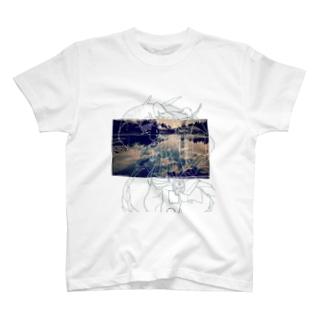 ブルーム T-shirts