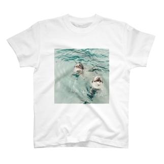 笑ういるか T-shirts
