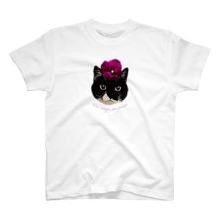 パンジー・クマ T-shirts