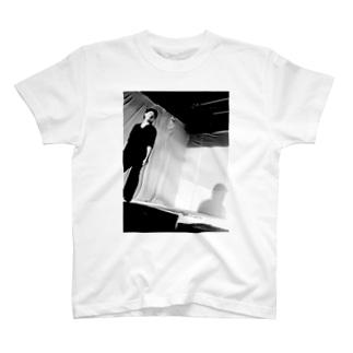萩原律 T-shirts