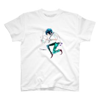 青年 T-shirts