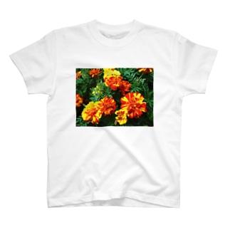 幸せになれるよ!! T-shirts