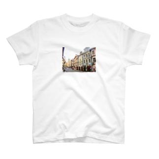 お家 T-shirts