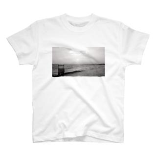 Beach Black and White T-shirts