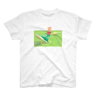 かかとピルエット T-shirts