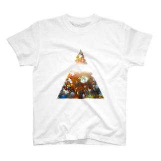 くりぬきさんかく!moire T-shirts