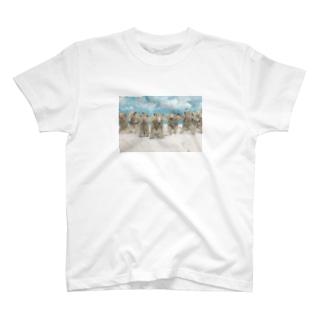 起立 T-shirts