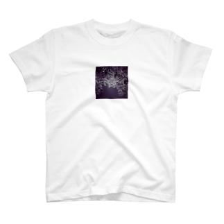 モノクロ葉っぱ T-shirts