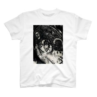 夜のドラム(タム) T-shirts