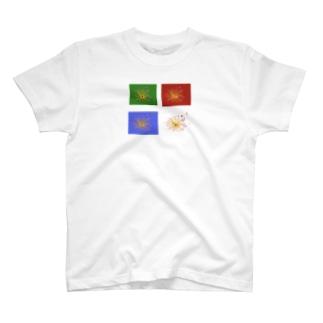 蠢く何か T-shirts