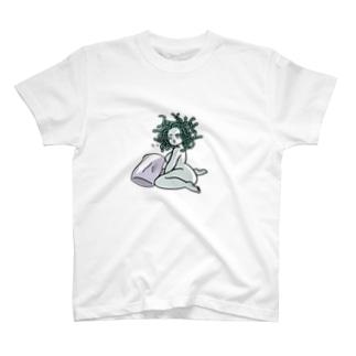 寝起きメデューサ T-shirts