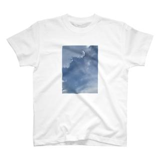 昼間の午後3時 T-shirts