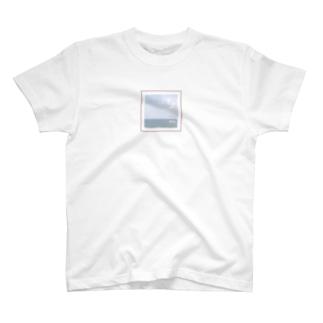 水平線 T-shirts
