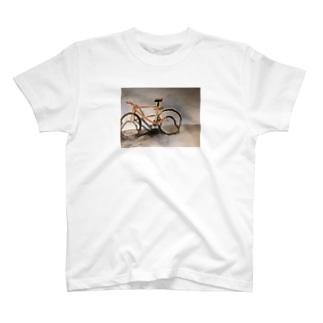 盗まれた自転車の遺影Tシャツ T-shirts
