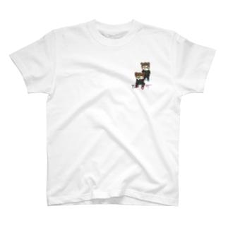 👧🏻👧🏻 T-shirts