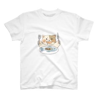 食いしん坊なねこちゃん T-shirts