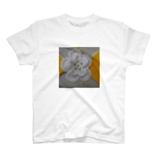 ししゅうがかわいいフラワー T-shirts