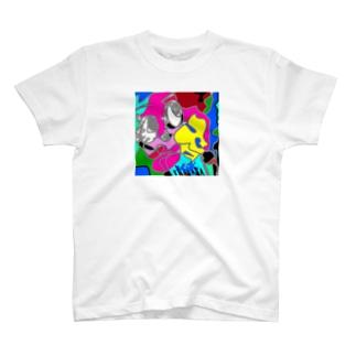 右肩あがリンリン↗️ちゃん T-shirts