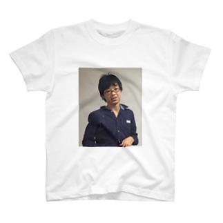 これはまだ僕が卍だった時のお話   とまTシャツ T-shirts