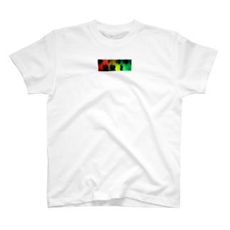 バーニング犬 T-shirts