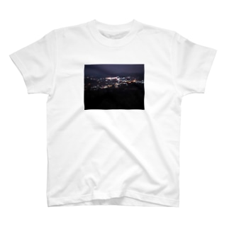 潤んだ夜景 T-shirts