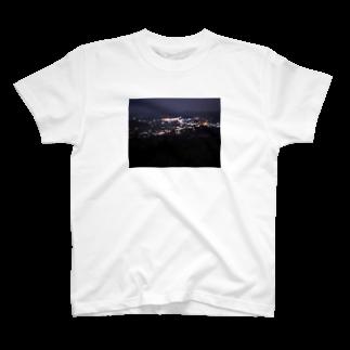 いのうえ(   ᷇࿀ ᷆  )の潤んだ夜景 T-shirts