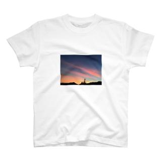 cozcozの港の夕焼け T-shirts