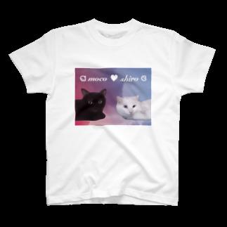 tinamagicalのmoco shiro T-shirts