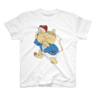 踊り猫 T-shirts