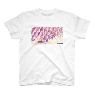 ウヲノメ ピンク T-shirts