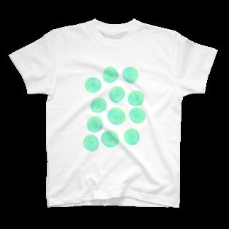 水草のグリーン玉いっぱい T-shirts