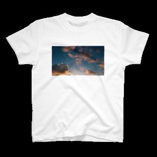 LIily_89の夕暮れ時 T-shirts