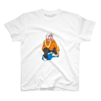 Raymond Gomez澪のEMO girl T-shirts