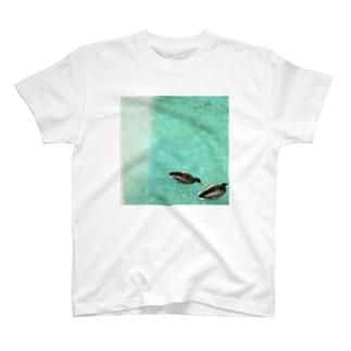 水鳥の夢うつつ⑵ T-shirts