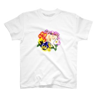 お花のトンネル T-shirts