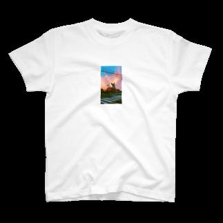 krmfrnの進撃のシバウザー T-shirts