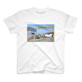 FUCHSGOLDのスペイン:村の昼下がり Spain: Afternoon in village T-shirts