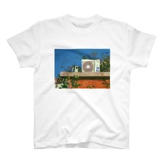 室外機 T-shirts