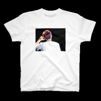 kurtcobaiminのイ・ホンギTシャツ T-shirts