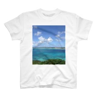 沖縄の海と空 T-shirts