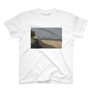 防波堤少女 T-shirts