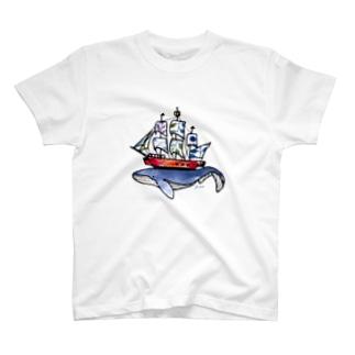 船は鯨が運んでいる? T-shirts
