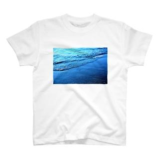 波の音 T-shirts