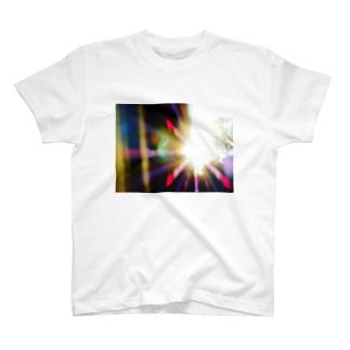 朝日 T-shirts